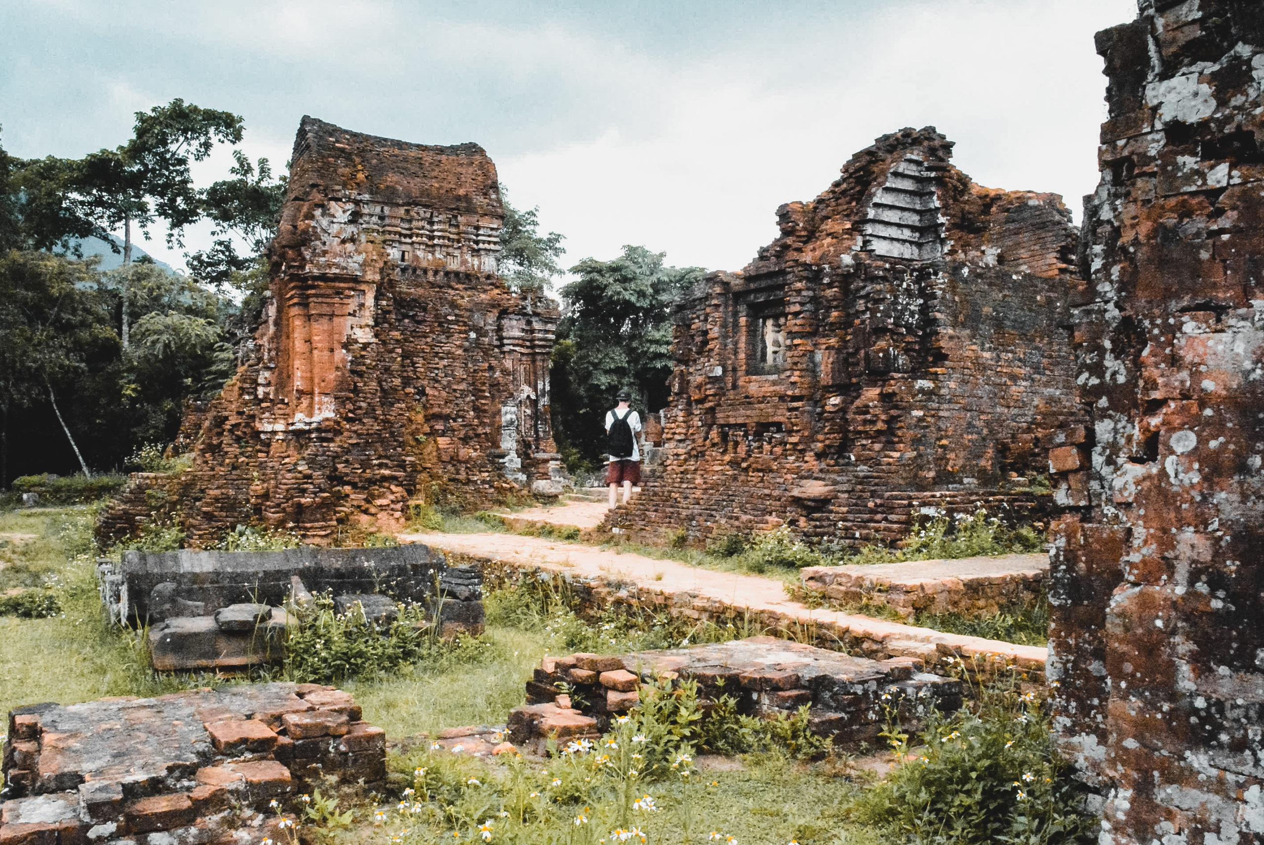 vietnam hoi an my son temple
