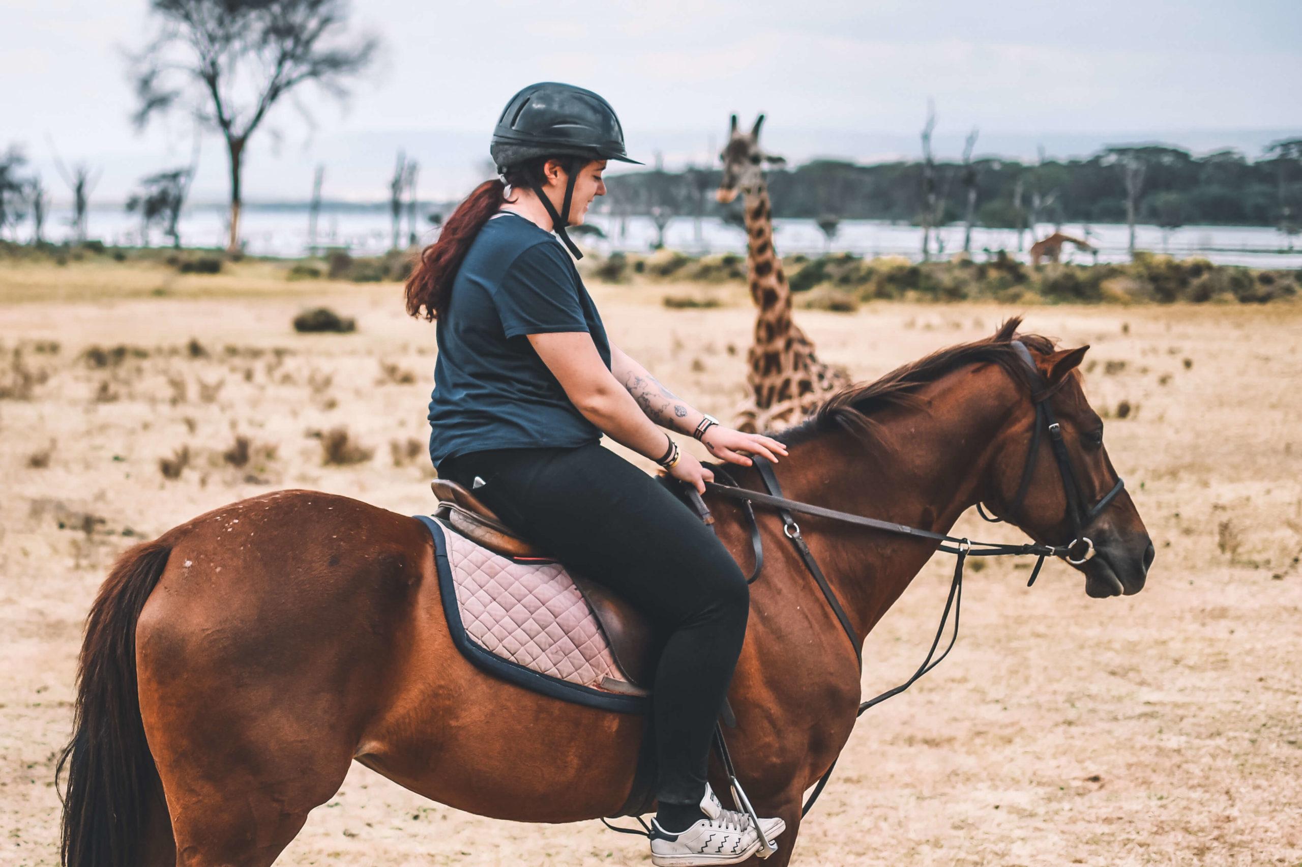 cheval safari équitation girafe naivasha
